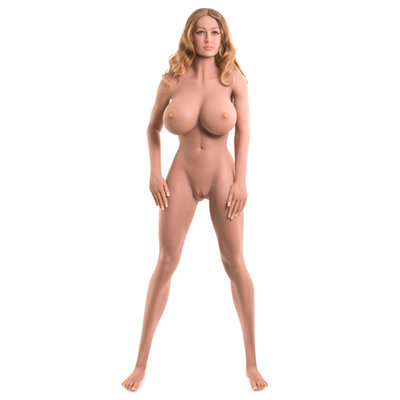 Ultimate Fantasy Dolls Bianca